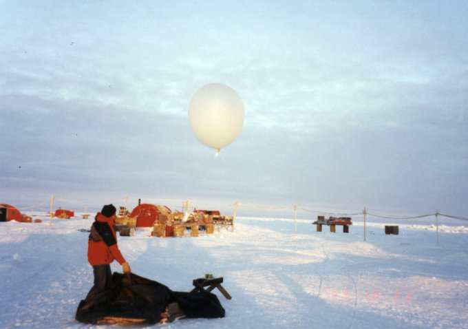 Radiosonde balloon launch from ice camp
