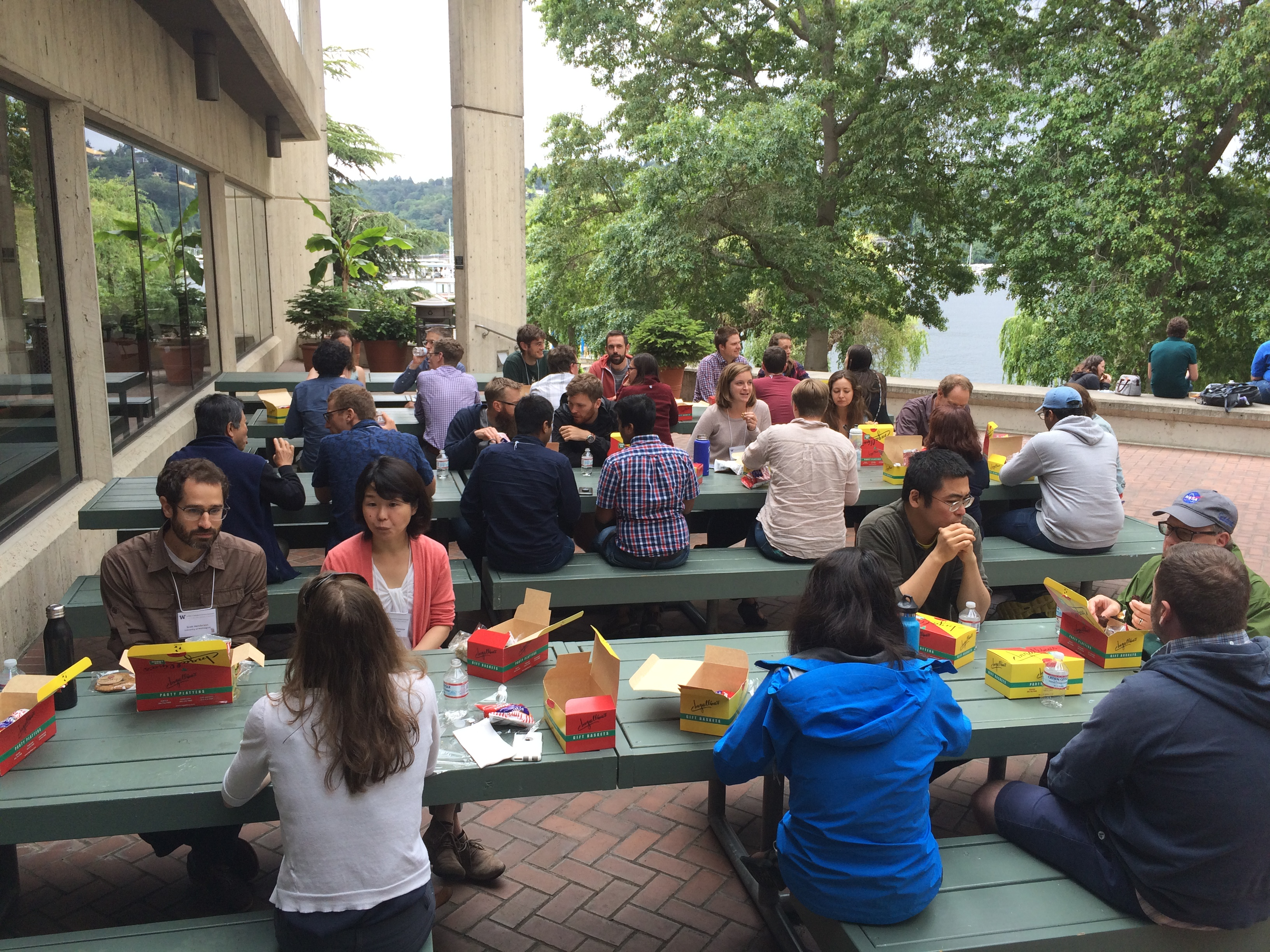 hackweek_lunch_2_06182019